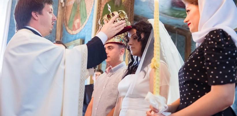 """Părintele Maxim Melinti scrie o carte pentru femei – """"20 de sfaturi pentru femeile creștine"""""""