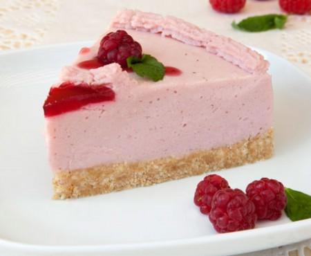 Desertul perfect pentru vară: cheesecake vegan, fără coacere! Cum se prepară