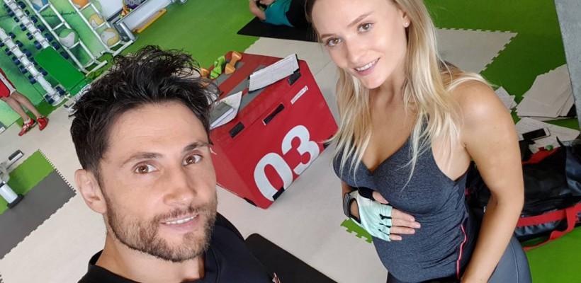 În 5 luni de sarcină, Oana Matache a adăugat doar 0,5 kg grație antrenamentelor (FOTO)