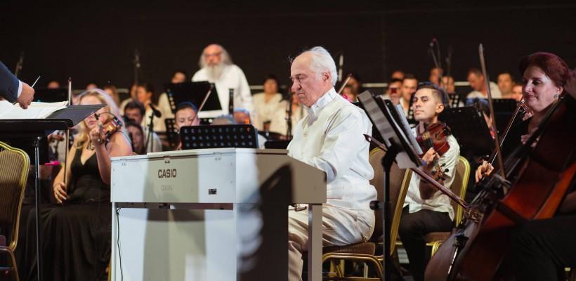 O acustică deosebită și invitați în alb la concertul dedicat maestrului Eugen Doga la Castel Mimi