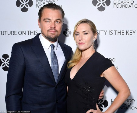 Prietenia lui Leonardo di Caprio cu frumoasa Kate Winslet durează deja 20 de ani. Au fost surprinși la vila lui Leo din Franța