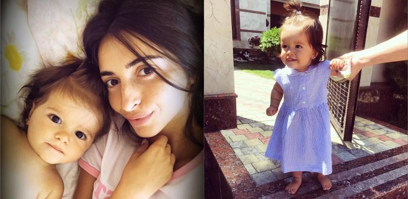 La nici un an de viață, fetița Elenei Bivol face primii pași. E o drăgălașă (FOTO)