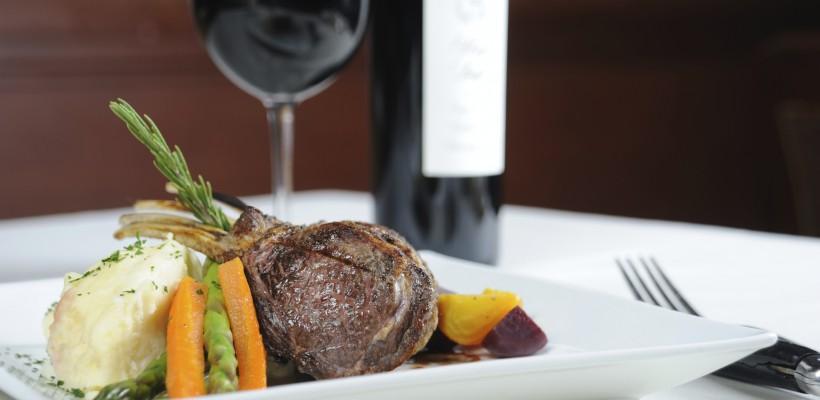 Vinul și gastronomia: Cu ce bucate combinăm corect vinurile?