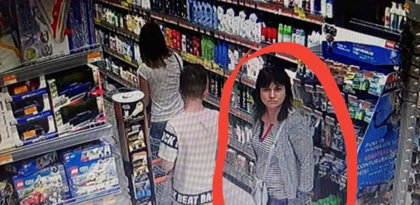 Și-a uitat telefonul în căruciorul pentru cumpărături, iar ce a văzut ulterior pe camerele de supraveghere a lăsat-o mască