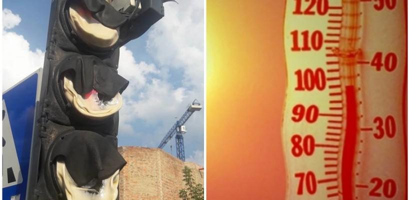 Poza zilei: un semafor s-a topit din cauza căldurii
