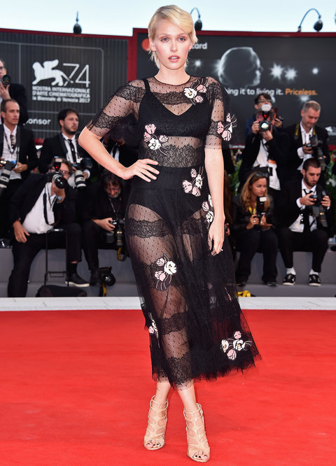 VENICE, ITALY - SEPTEMBER 03: Caterina Shulha walks the red carpet ahead of the 'The Leisure Seeker (Ella & John)' screening during the 74th Venice Film Festival at Sala Grande on September 3, 2017 in Venice, Italy. (Photo by Pascal Le Segretain/Getty Images)