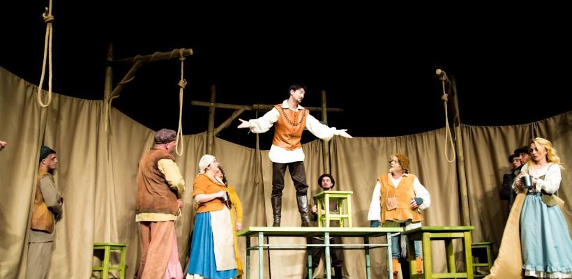 """""""Pentru o viață sănătoasă mergeți la teatru cel puțin o dată pe săptămână!"""" Descoperim actori noi și piese deosebite la Teatrul """"E. Ionesco"""""""