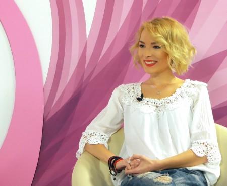 E topită după televiziune, cinematografie, rochii și DORfest. Interviu cu cea mai punctuală și matinală prezentatoare TVR Moldova – Ilinca Avram