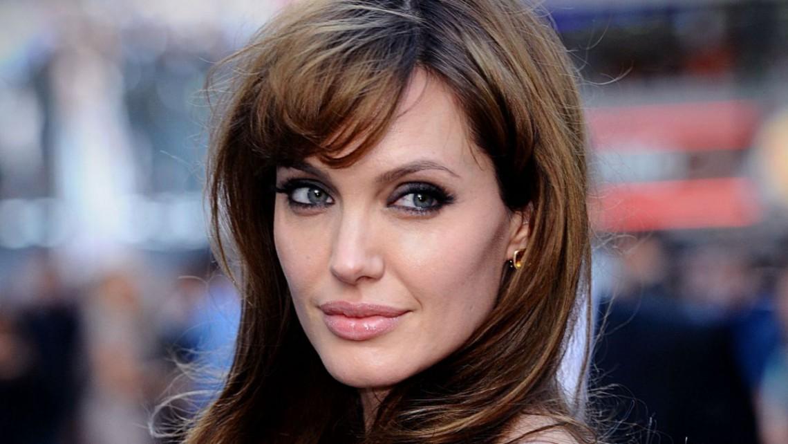 Divorțul se amână? Cum arată Angelina Jolie după marea vâlvă din presă