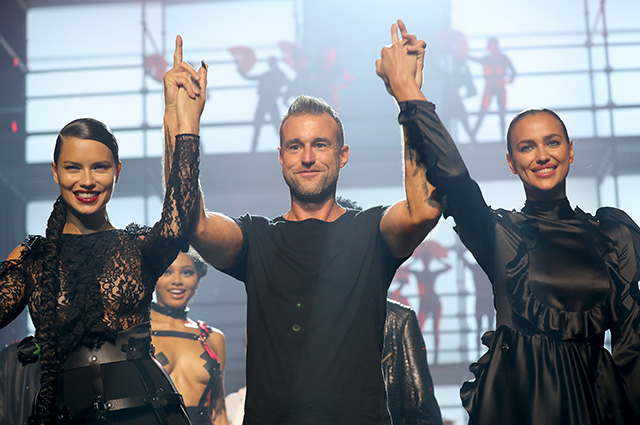 NEW YORK, NY - SEPTEMBER 09: Adriana Lima, Philipp Plein and Irina Shayk walks the runway at the Philipp Plein fashion show during New York Fashion Week: The Shows at Hammerstein Ballroom on September 9, 2017 in New York City. (Photo by JP Yim/Getty Images For NYFW: The Shows)