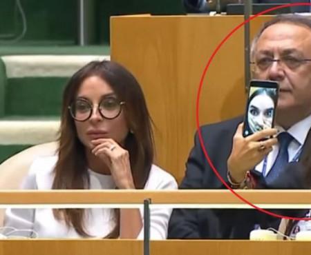 Fiica președintelui azer își făcea selfie la ONU, în timpul discursului tatălui ei despre crime de război (VIDEO)
