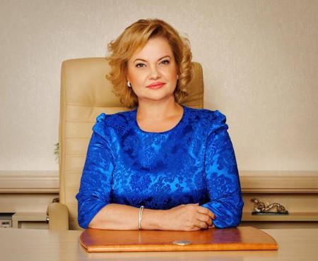 """""""Nu va mai lega destine"""" Lucia Ciobanu își încheie activitatea din cadrul conducerii Serviciului Stare Civilă."""