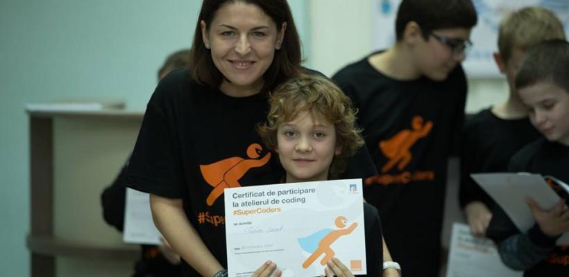 La Orange copiii şi părinţii au devenit #SuperCoders