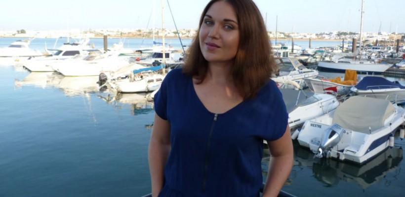 """Jurnalista Marina Pânzaru, stabilită cu traiul în Portugalia: """"E o plăcere să circuli cu autobuzele de aici și să mergi la piață"""""""