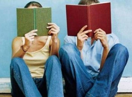 Vino duminică pe strada pietonală din Chișinău să-ți ridici cadoul. Se vor împărți cărți gratuite!