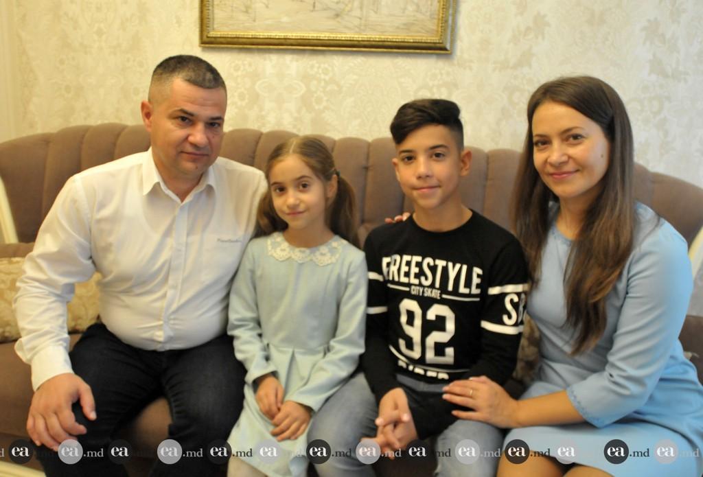 Familia Mihai Ungureanu