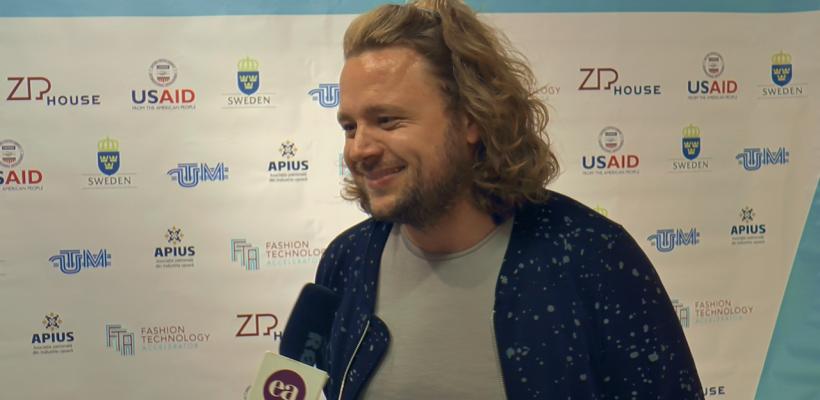"""Evgheni Hudorojcov, după Fashion Acceleration Program: """"Acum gândesc nu doar ca designer, ci și tehnic, tehnologic, procedural"""" (Video)"""