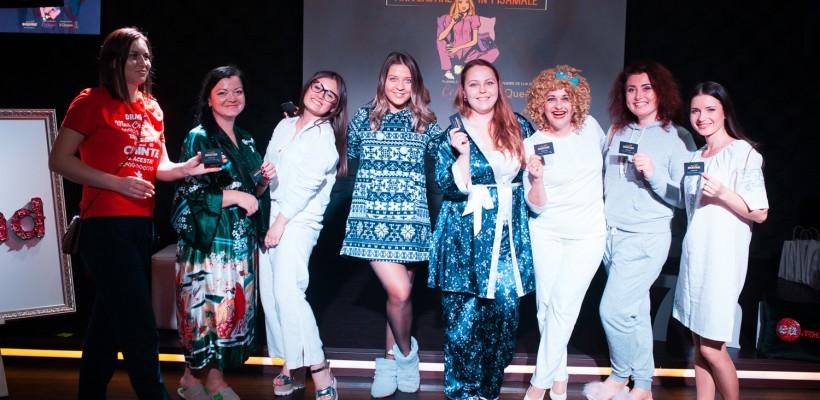Ținutele de la Aniversarea în pijamale, în vizorul Doamnei Dora. Cine a fost criticată și cine lăudată (Video)