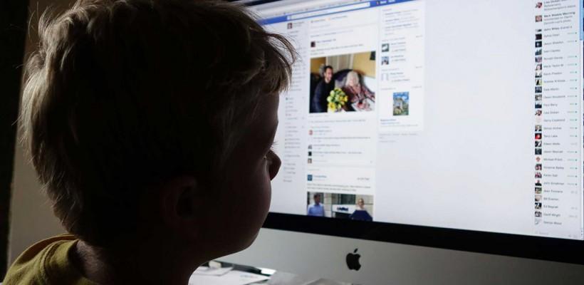 A apărut un program care le permite părinților să urmărească activitatea copiilor pe rețelele sociale