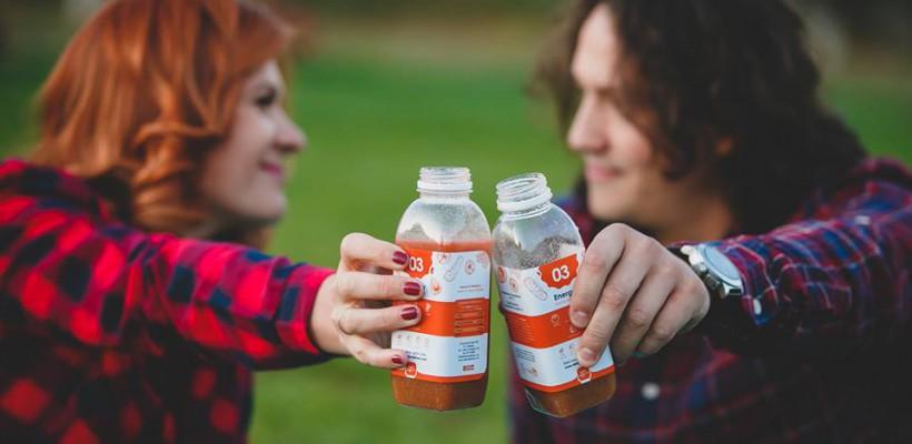 Detoxul în cuplu este mult mai ușor! Carolina și Valentin confirmă asta prin zâmbetul din poze