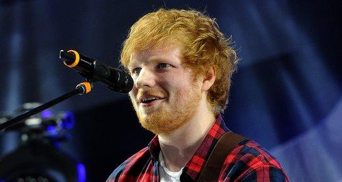 Ed Sheeran, lovit de o mașină la Londra