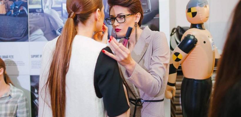 """Make-up artista Liubov Ojog: """"Sunt oameni cu fețe carismatice pe care sunt gata să le machiez non-stop"""""""