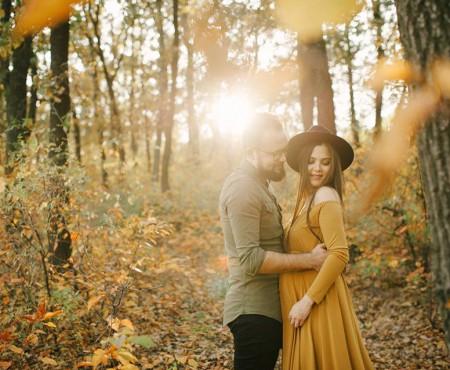 """Alex Iordache va deveni tată de băiat! Fotograful și partenera sa au """"înghețat"""" momentul printr-o ședință foto remarcabilă"""