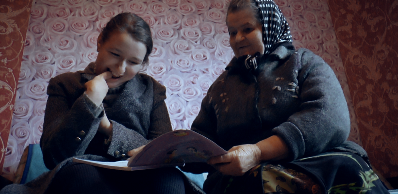 """VIDEO. Familia unei fetițe speciale din or. Drochia, ajutată prin campania """"Omenie-n sărăcie"""""""