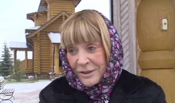 Alla Pugaciova s-a afișat nemachiată! Iată cum arată artista (Foto)