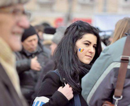 """10 principii de viață ale unei unioniste: """"Nu ezitați să purtați tricolor, să vorbiți limba română"""""""