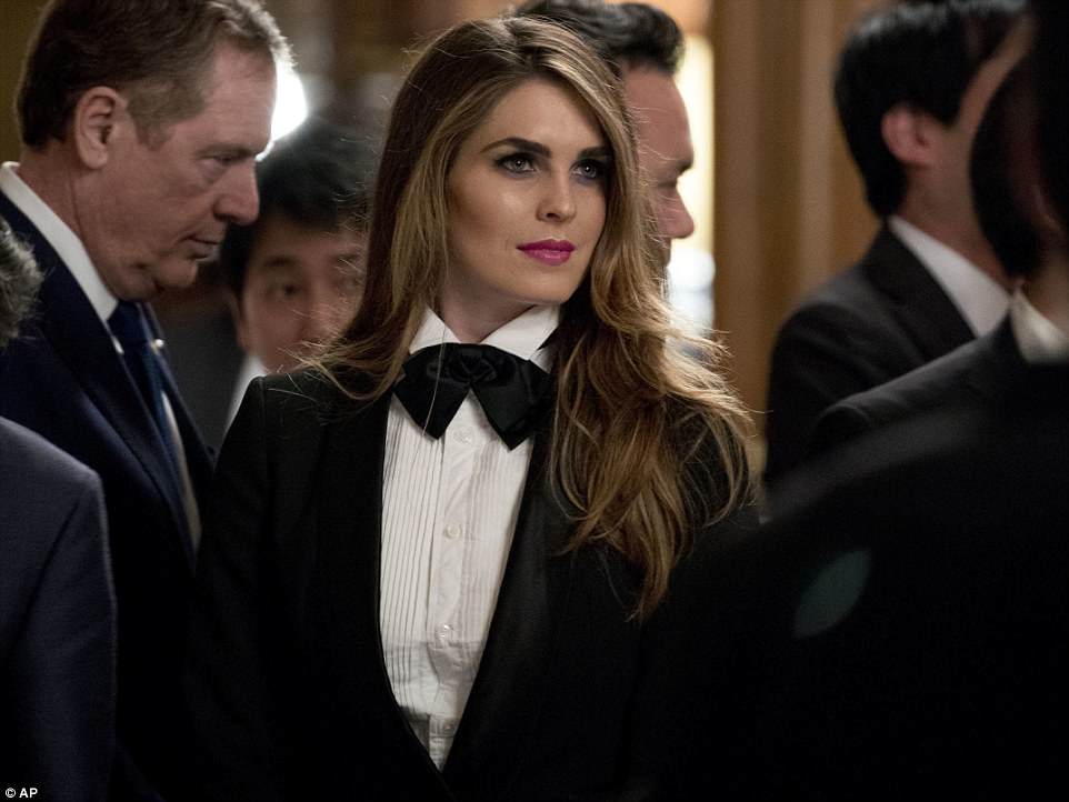 4612A41000000578-5054517-Aide_Hope_Hicks_the_29_year_old_White_House_communications_direc-m-56_1509991585202