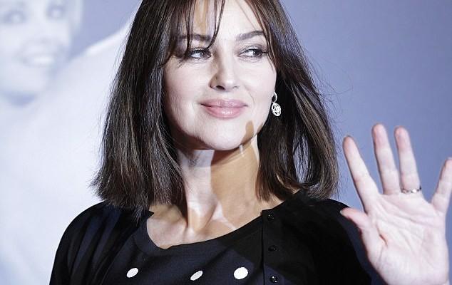 Monica Bellucci are 53 de ani, dar arată ca la 33! Frumoasa actriță și-a făcut o schimbare de look (Foto)