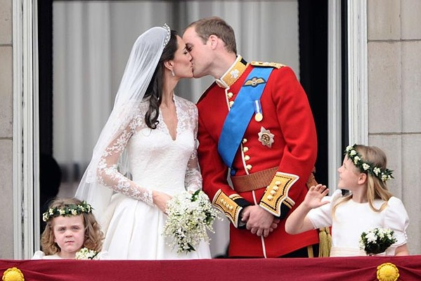 """Noi dezvăluiri despre nunta lui Kate Middleton cu prinţul William: """"A fost o experiență bizară"""""""