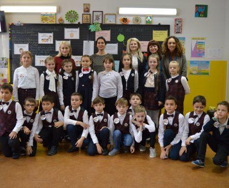 Promovează bunele maniere la doar 9 anișori! Mai mulți elevi din Chișinău, parte a unei campanii de informare