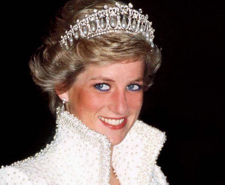 Prințesa Diana ar fi avut o fiică secretă! Sarah îi seamănă izbitor (Foto)