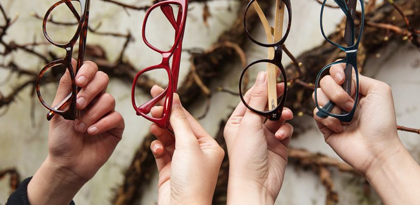 FOTO. Toamna reducerilor la Astro Optica: Alege ochelarii care ți se potrivesc