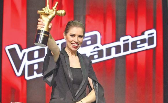 """Ce a făcut Cristina Bălan, câștigătoarea sezonului cinci """"Vocea României"""", cu banii câștigați la concurs"""
