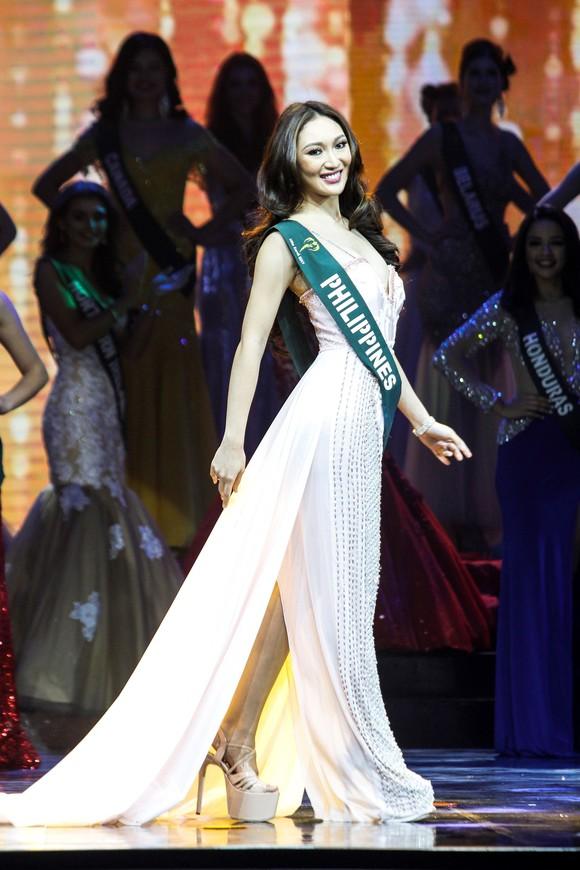 Miss Earth 2017 coronation night