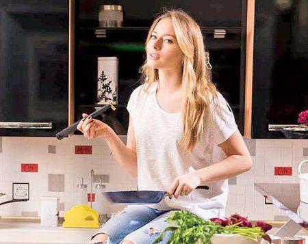 A venit postul și nu știi ce să mai gătești? Laura Cosoi are 6 rețete delicioase pentru tine (Foto)