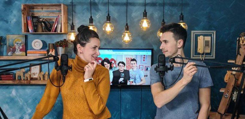 """Nata Albot și Andrei Bolocan lansează un nou proiect! Vezi prima ediție """"Internetu' grăiește"""" (VIDEO)"""