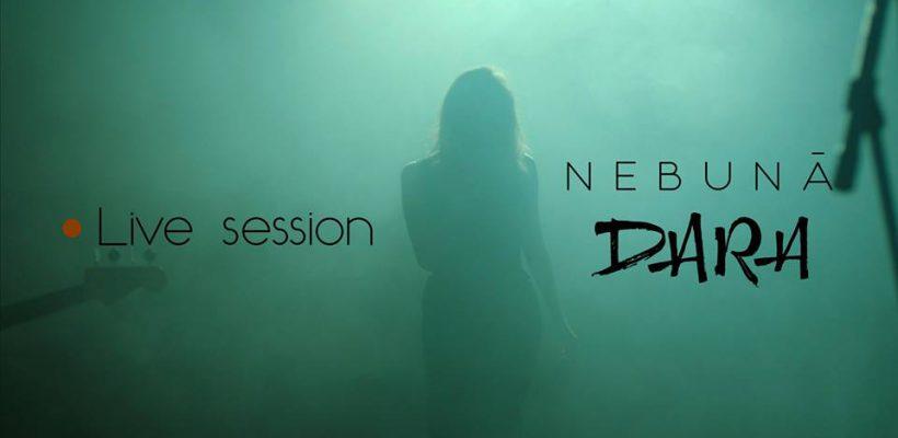 """Dara revine cu încă un live session excepțional! """"Nu sunt și nu încerc să par normală, dar iubesc ca o NEBUNĂ"""" (Video)"""
