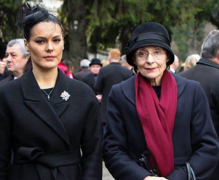 Alina Zotea și Corina Fusu, la funeraliile Regelui Mihai! Au respectat sau ba dress-code-ul? (Foto)
