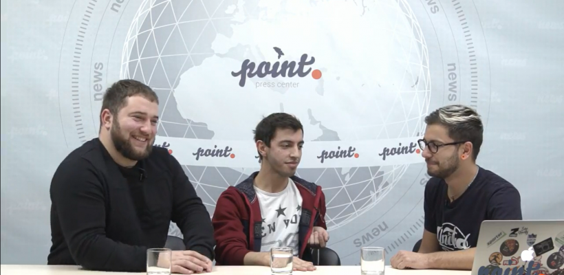 """Umoriștii din """"Stoianovka"""", despre participarea lor la """"Liga Smeha"""". Interviu cu elemente comice (Video)"""