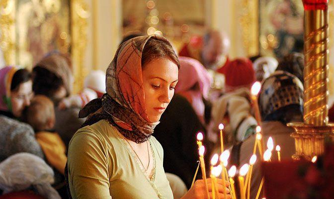 """""""Împărțit la doi"""": Cum este văzută femeia în religia ortodoxă! (Video)"""