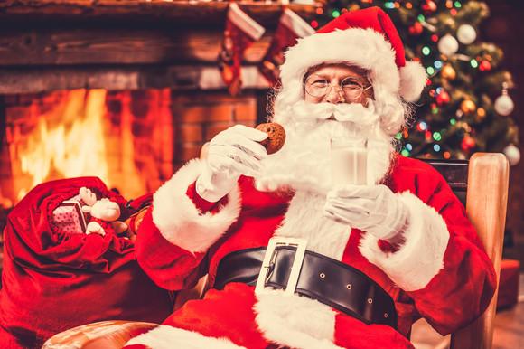 Regimul lui Moș Crăciun: cât mănâncă acesta pentru a avea energie în noaptea de 24 decembrie