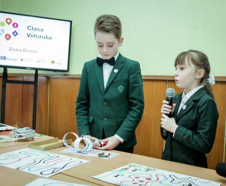 CLASA VIITORULUI – FUTURE CLASSROOM LAB, soluţia inovativă pentru dezvoltarea învăţământului în Moldova