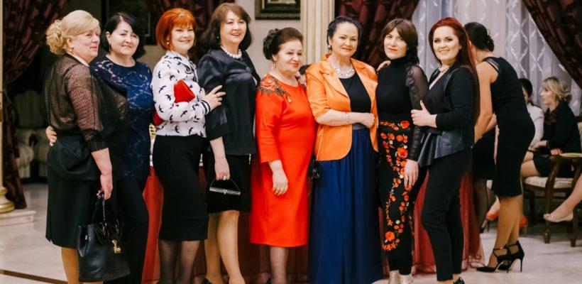 """Revista Fashion VIP celebrează 9 ani de activitate! """"Greu, prea greu se face presă scrisă în Moldova"""""""