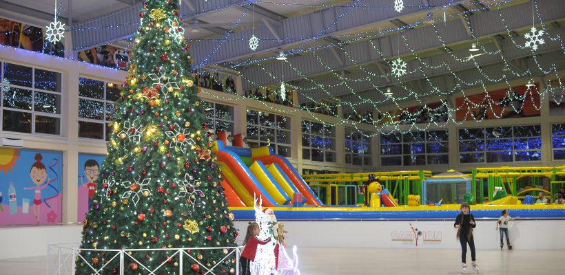 Decembrie e luna când ne amintim cu drag de anii copilăriei. Fii Moș Crăciun tot anul împrejur!