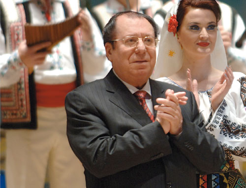 """A murit Vladimir Curbet, conducătorul ansamblului de dansuri """"JOC"""""""