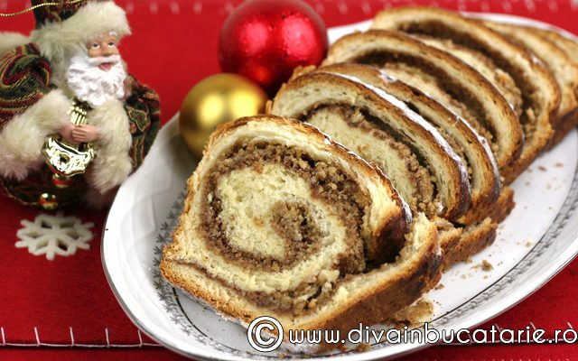 Cozonac de Crăciun. Reţeta celebrului Chef Scărlătescu!